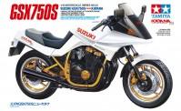 Tamiya 14034 Suzuki GSX750S New Katana