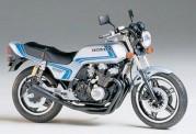 Tamiya 14066 Honda CB 750 F
