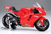 Tamiya 14101 Ducati Desmosedici #65