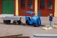 Auhagen 41636 PGH Metall DFZ 632 Schlepper m. Anhänger