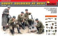 MiniArt 35109 Soviet Soldiers bei der Pause