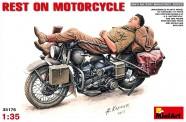 MiniArt 35176 Rest on Motorcycle