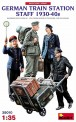 MiniArt 38010 German Train Station Staff 1930-40s