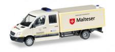 Herpa 092951 MB Sprinter DoKa mit Koffer GW-San Malte