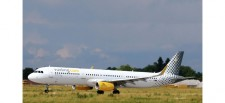 Herpa 533218 Airbus A321 Vueling