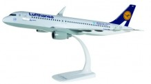 Herpa 611718 Airbus A320 LH Munich Airport 25 Years