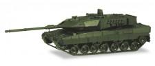 Herpa 746182 Kampfpanzer Leopard 2A7 undekoriert