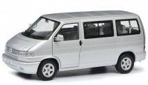 Schuco 450041500 VW T4b Bus silber