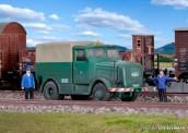 Kibri 13528 Kaelble Zugmaschine mit Plane