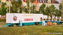 Kibri 14658 Zeltstangen- u. Kofferanhänger Zirkus