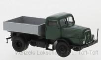 Brekina 71199-1 IFA Z6 SZM mit Pritsche grün/schwarz
