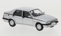Brekina PCX870053 Alfa Romeo 75 silber 1988