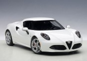 AUTOart 70185 Alfa Romeo 4c weiß 2013