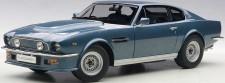 AUTOart 70223 Aston Martin V8 Vantage blau 1985