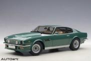 AUTOart 70224 Aston Martin V8 Vantage grün 1985