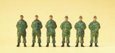 Preiser 16842 Soldaten stehend BW