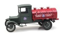 Artitec 387.440 Ford Model TT Tankwagen Standard Oil