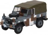 Oxford 76LRL004 Land Rover Lightweight Berlin