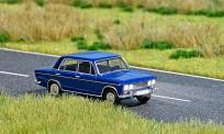 Busch Autos 05660 Lada 1500 mit Beleuchtung H0