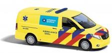 Busch Autos BA511141 MB Vito Halbbus Ambulance Ijsselland