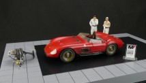 CMC M-172 CMC Bundle Maserati 300S Dirty Hero ®