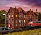Vollmer 43806 Eisenbahner Wohnhaus
