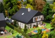 Faller 130642 Wohnhaus mit Plattendach