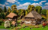 Faller 130677 Schwarzwald-Set Vogtsbauernhof