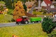 Faller 161536 Traktor MF mit Anhänger