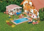 Faller 180542 Swimming Pool und Gartenhaus