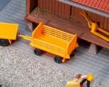 Faller 180991 2 Bahnsteigwagen orange
