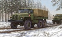 Trumpeter 751012 Ural-4320 Truck