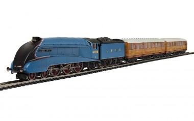 Hornby R1252P LNER Sir Nigel Gresley Train Set 3-tlg.