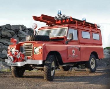 Italeri 03660 Land Rover Fire Truck