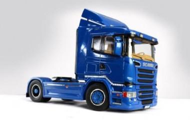 Italeri 03947 Scania R400 Streamline (Flat Roof)