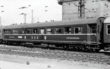 KM1 202832 DSB Speisewagen DB Ep. IIIa