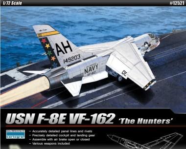 Academy 12521 F-8E VF-162 'The Hunters'