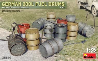 MiniArt 35597 German 200L Fuel Drum Set