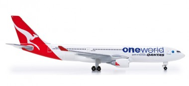 Herpa 518116 Airbus A330-200 Qantas one World