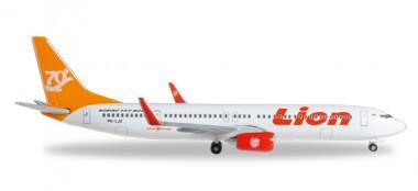 Herpa 527989 Boeing 737-900ER Lion Air 70th Boeing