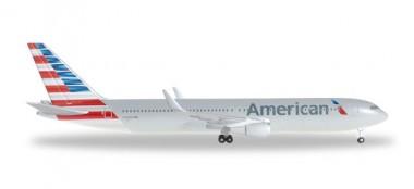 Herpa 528276 Boeing 767-300ER AA American Airlines