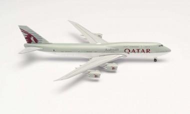 Herpa 533935 Boeing 747-8 BBJ Qatar Amiri Flight