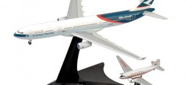Herpa 562089 Set DC-3 / A 330-300 Cathay Pacific