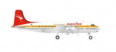 Herpa 570855 Douglas DC-4 Quantas Centenary Serie