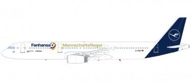 Herpa 612104 Airbus A321 LH Mannschaftsflieger