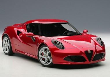 AUTOart 70186 Alfa Romeo 4c rot 2013