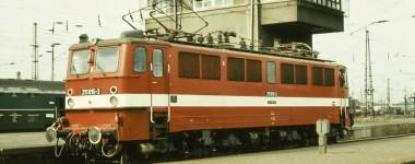 Brawa 43118 H0 E-Lok 211 DR, IV, DC An. BASIC+