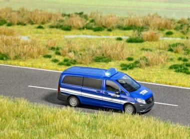 Busch 5591 MB Vito Bus THW H0