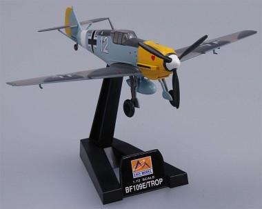 Trumpeter 737276 Me Bf 109E-7/TROP 7/JG26