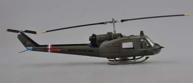 Trumpeter 739320 UH-1C, 57th Aviation Comp
